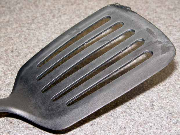 Spatula Search - heavy slotted nylon
