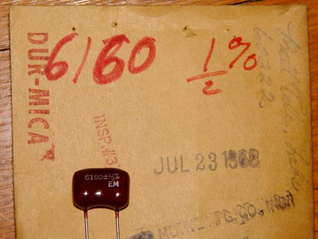Silver-mica capacitor - 6160 pF 0.5 pct - on envelope