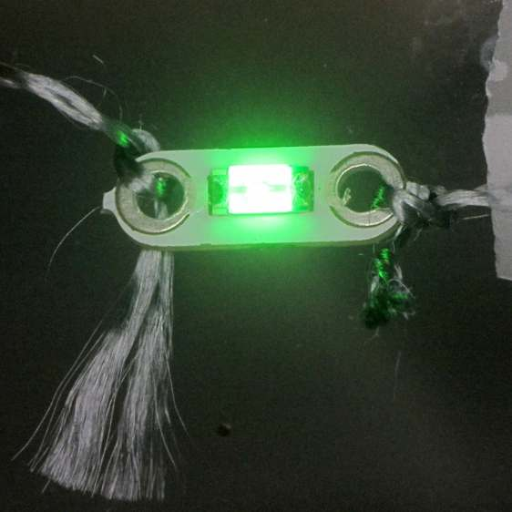 Emerald LED - Stainless steel thread - knotted