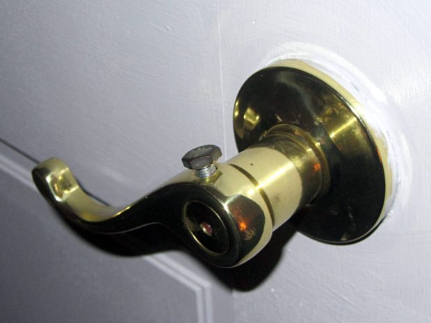 Door handle - hex head bolt