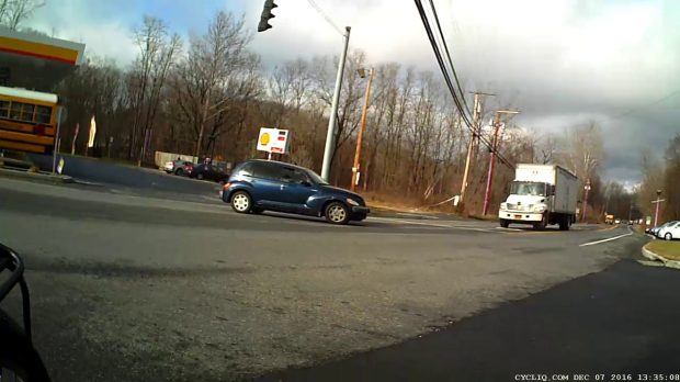Maloney Rd Intersection Conflict - 2016-12-07 - rear view