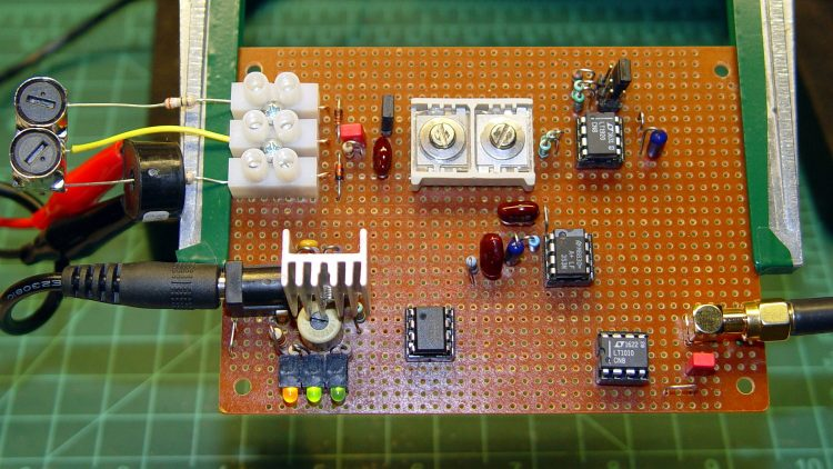 60 kHz preamp board - fake antenna