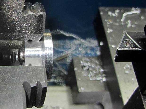 Screw cutting fixture - in use