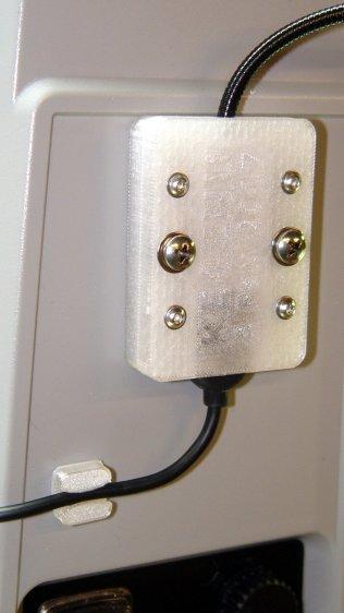 USB Gooseneck Mount - cable clip