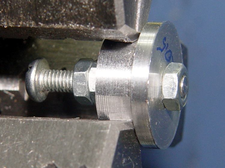 Screw cutting fixture - M3x0.5 aluminum - in lathe chuck