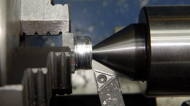 Screw cutting fixture - 10-32 - rechucked
