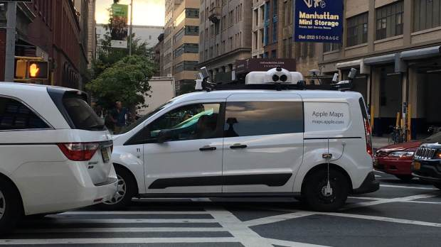 Adafruit - Apple Maps Vehicle