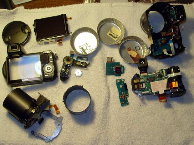DSC-H5 - disassembled