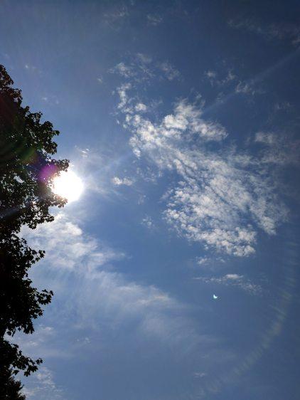 Eclipse 2017-08-21 - maximum - lens flare