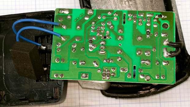 SMAKN 24 VDC wart - PCB solder side