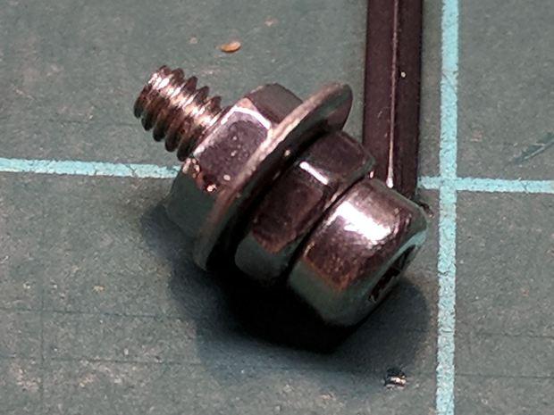 Wouxun KG-UV3D - APRS plug plate screw