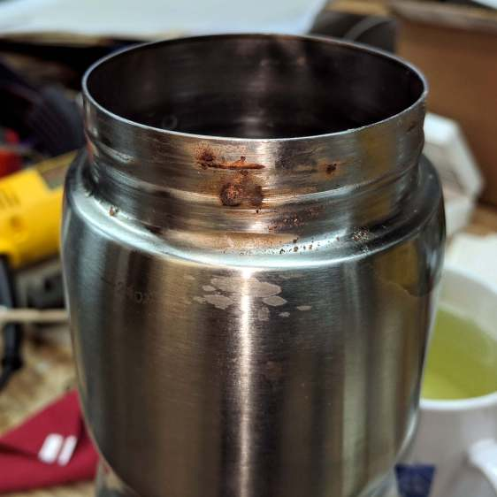 Stainless steel water bottle - rust