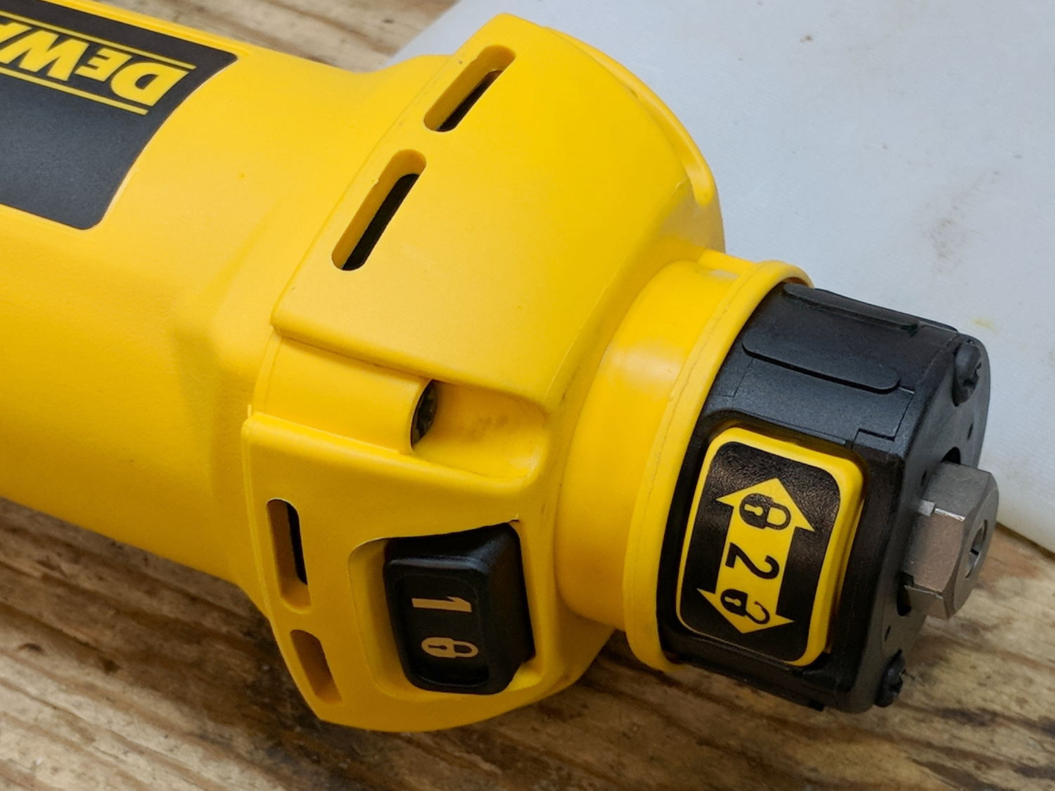 MPCNC: DeWalt DW660 Collet Grip Removal | The Smell of