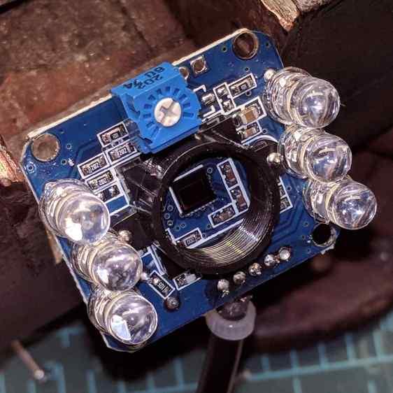 USB Camera - inside - brightness pot