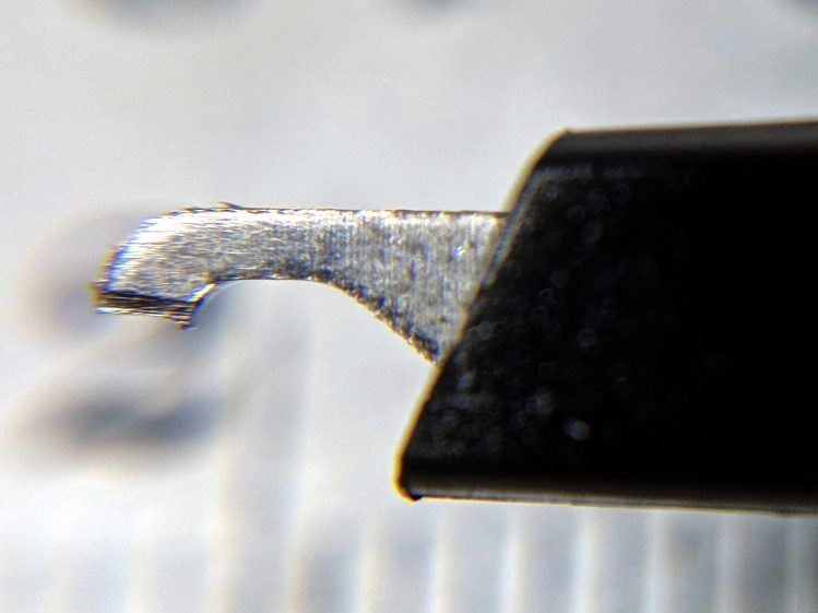 Siglent scope probe - mis-cut tip