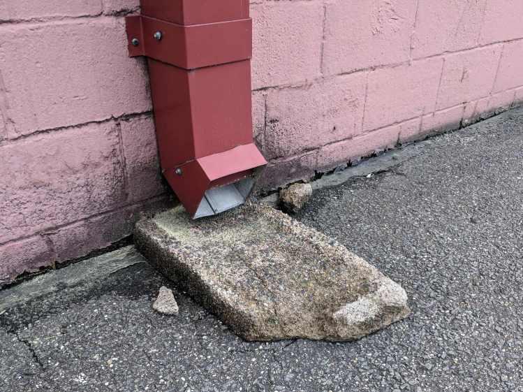 Downspout Splash Block - Corroded Concrete