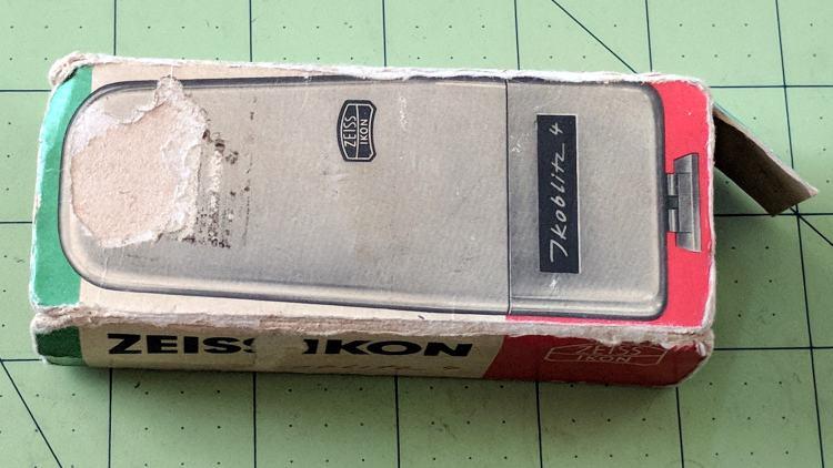 Zeiss Ikon Ikoblitz 4 - box