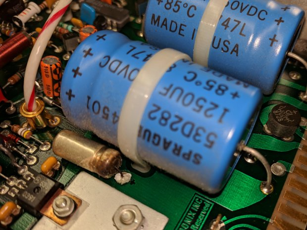 Tek AM503 - corroded capacitor