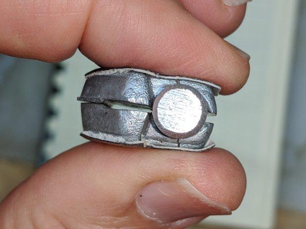 Magnifying Lamp Pivot - hole sizing