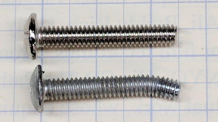 Bathroom knob - bent screw