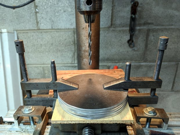 Parallel clamps in action