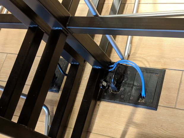 Power and network cables - floor plates
