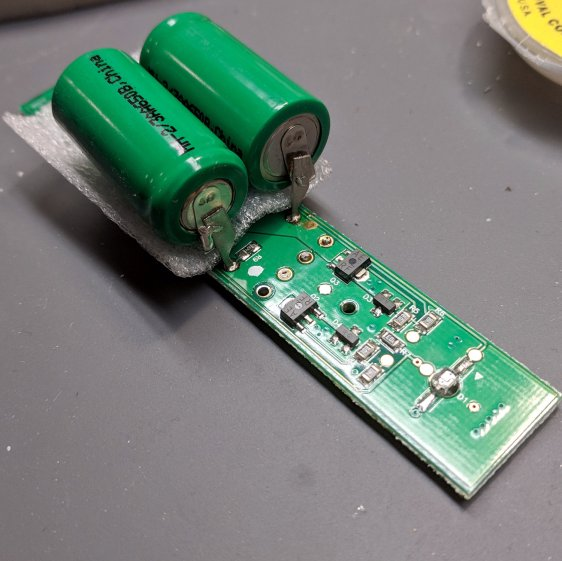 Sonicare Essence - batteries on PCB