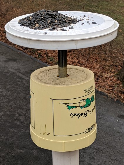 Can Lid Feeder - installed