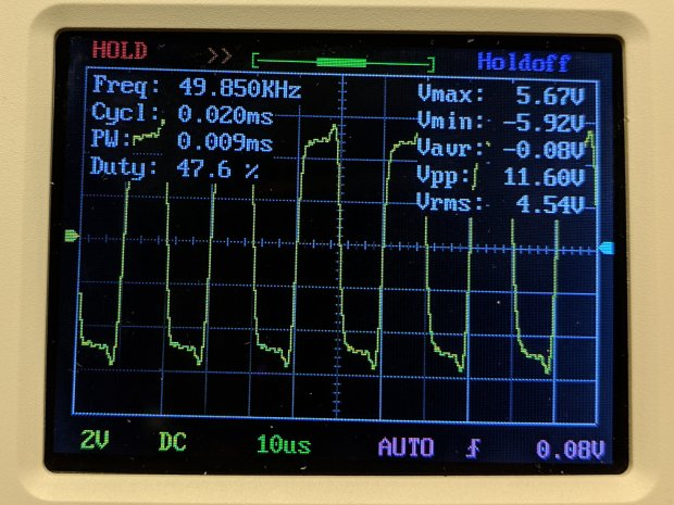DSO150 - square wave 50 kHz 10 us-div