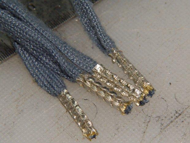 Shoelace ferrule aglets
