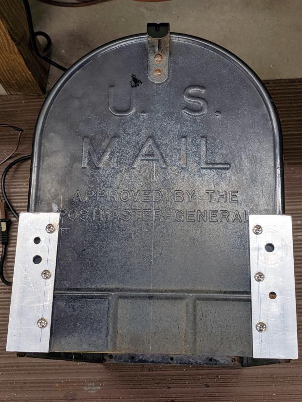 Mailbox door rebuild - exterior