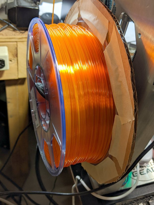 Makergear M2 - filament spool sidewall