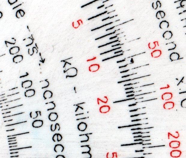 Engraving Testpiece D - Testors Enamel - sanded - 250 300 g - detail