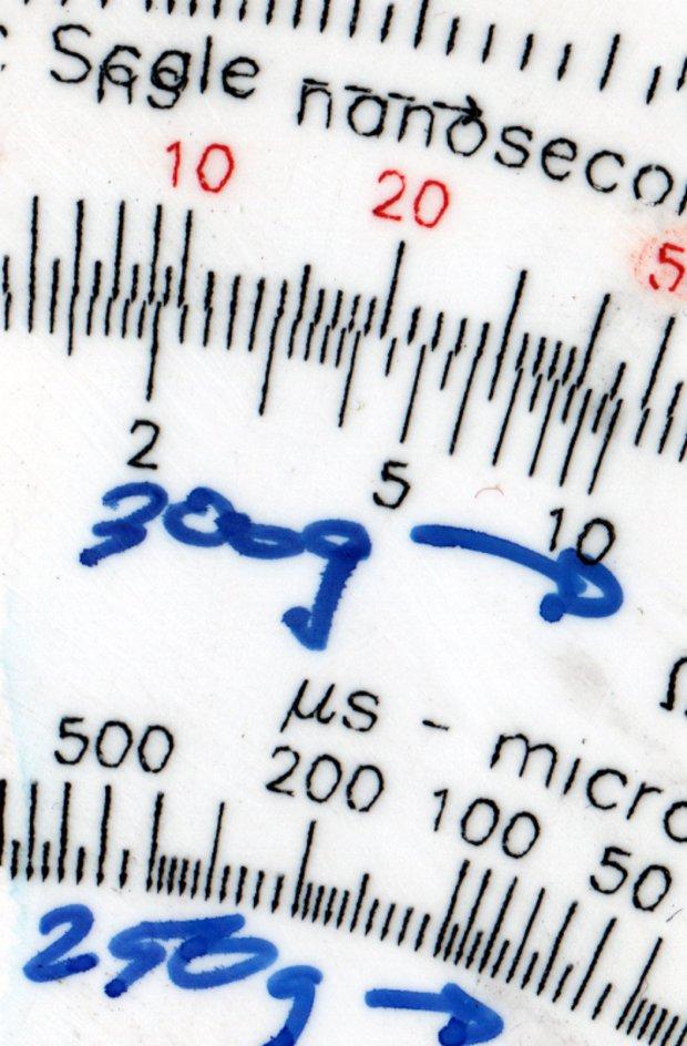 Engraving Testpiece D - Testors Enamel - scrape - 250 300 g - detail
