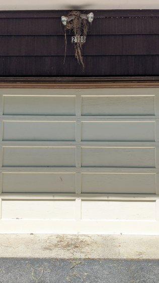Garage Robin Nest - overview