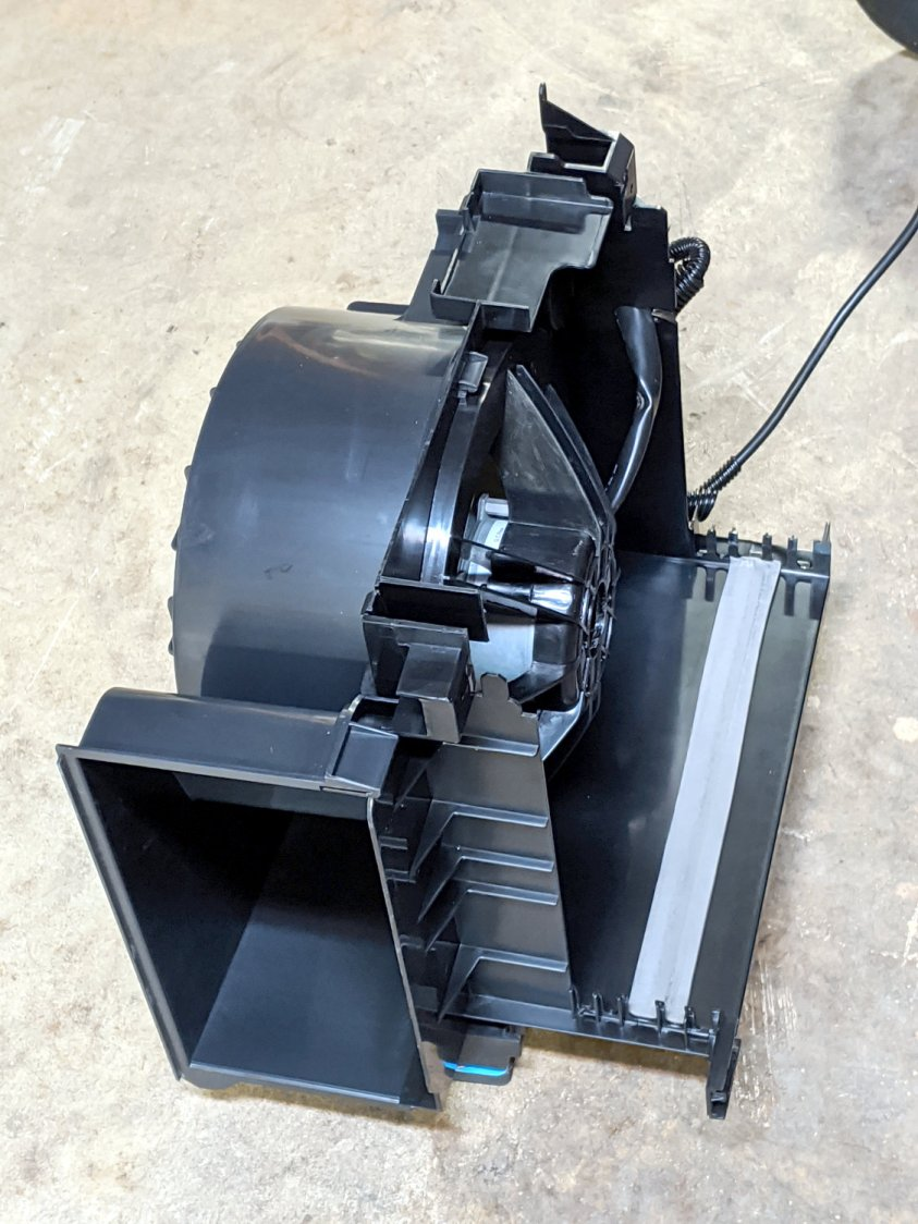 Scrap Dehumidifier Blower Motor - housing