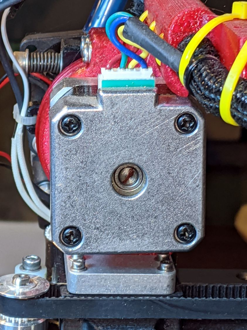 Makergear M2 - filament drive motor - rear shaft