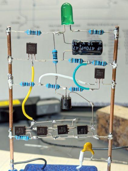 LM3909 - Darl Q1 3x Q2 mirror - installed