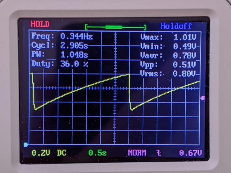 LM3909 - Darl Q1 3x Q2 - 1.5 V - C1 V - DSO150