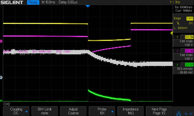 LM3909 - Darl Q1 1x Q2 - V on C1 - I 1.5V VCC 10 mA-div