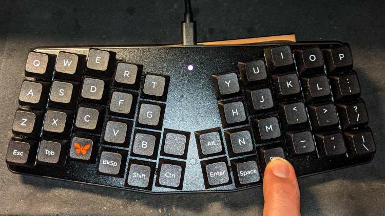 Atreus keyboard - LED installed