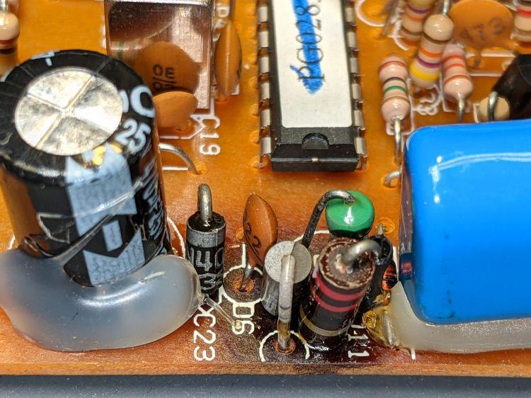 X10 RR501 Transceiver - overheated Zener