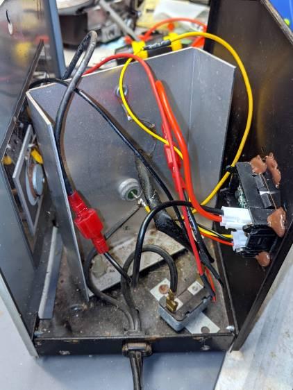 Schauer battery charger - digital meter wiring