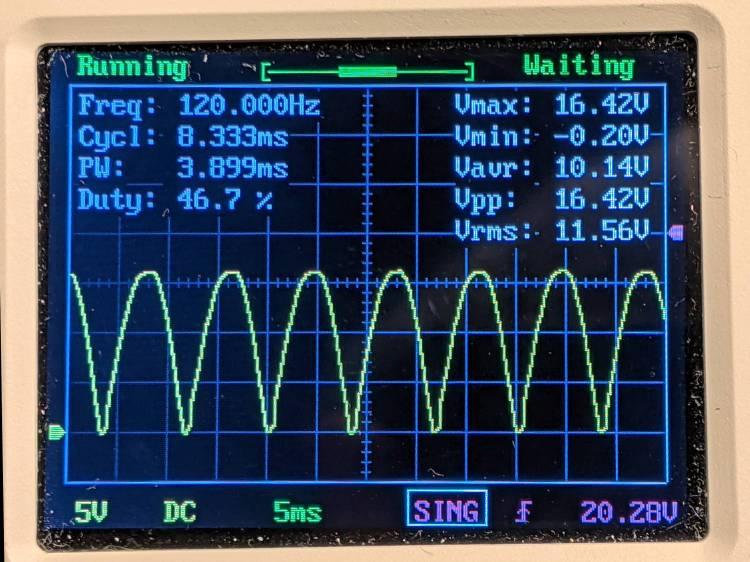 Schauer battery charger - voltage waveform