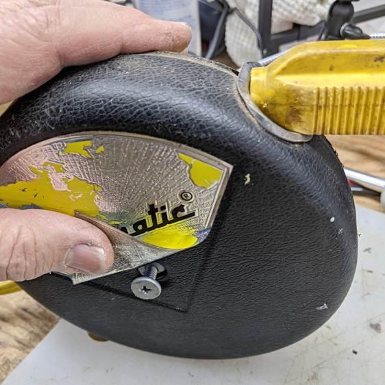 Cordomatic 500P reel - hidden screw