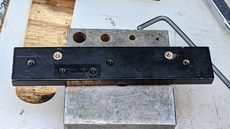 Microscope Stage Positioner - Y slide M3 inserts