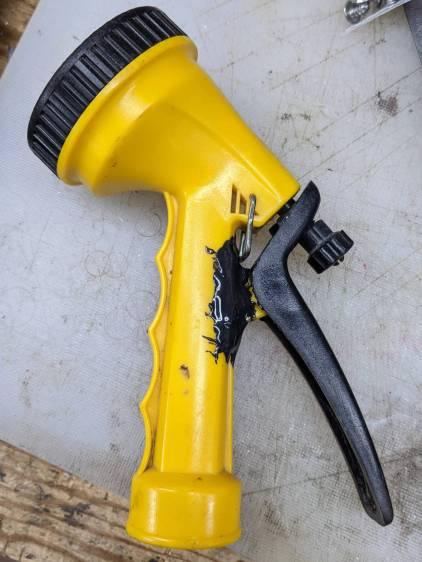Garden Sprayer - pivot repair