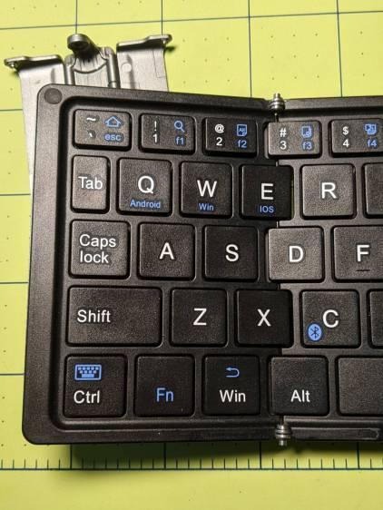 Folding keyboard - front