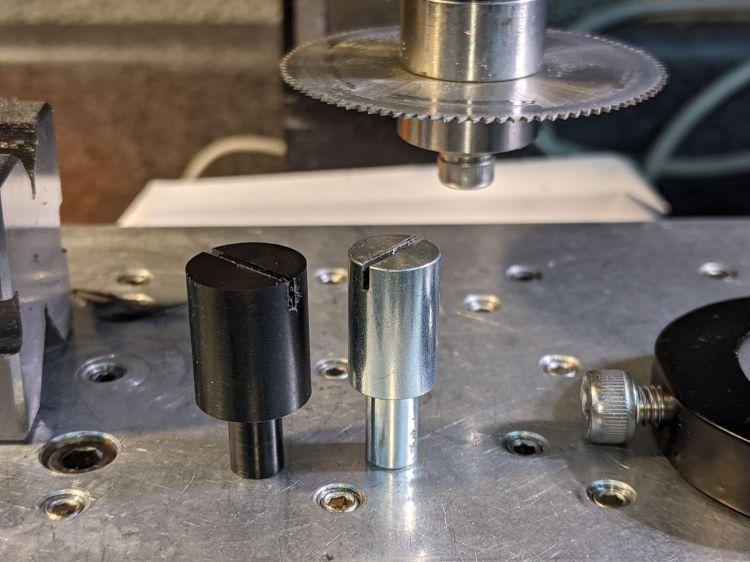 Micro-Mark Bandsaw - acetal vs steel blade guides